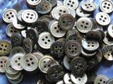 黒蝶貝 定番の17型 4穴 10mm 100個セット